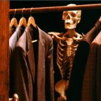 'I'm in ur closet, lol'